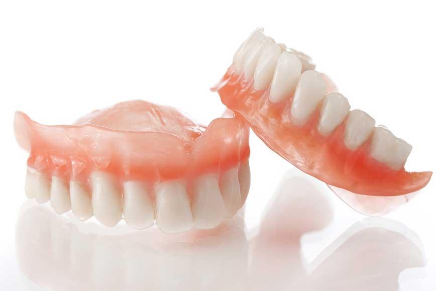 Zahnersatz in der Zahnarztpraxis in Celle